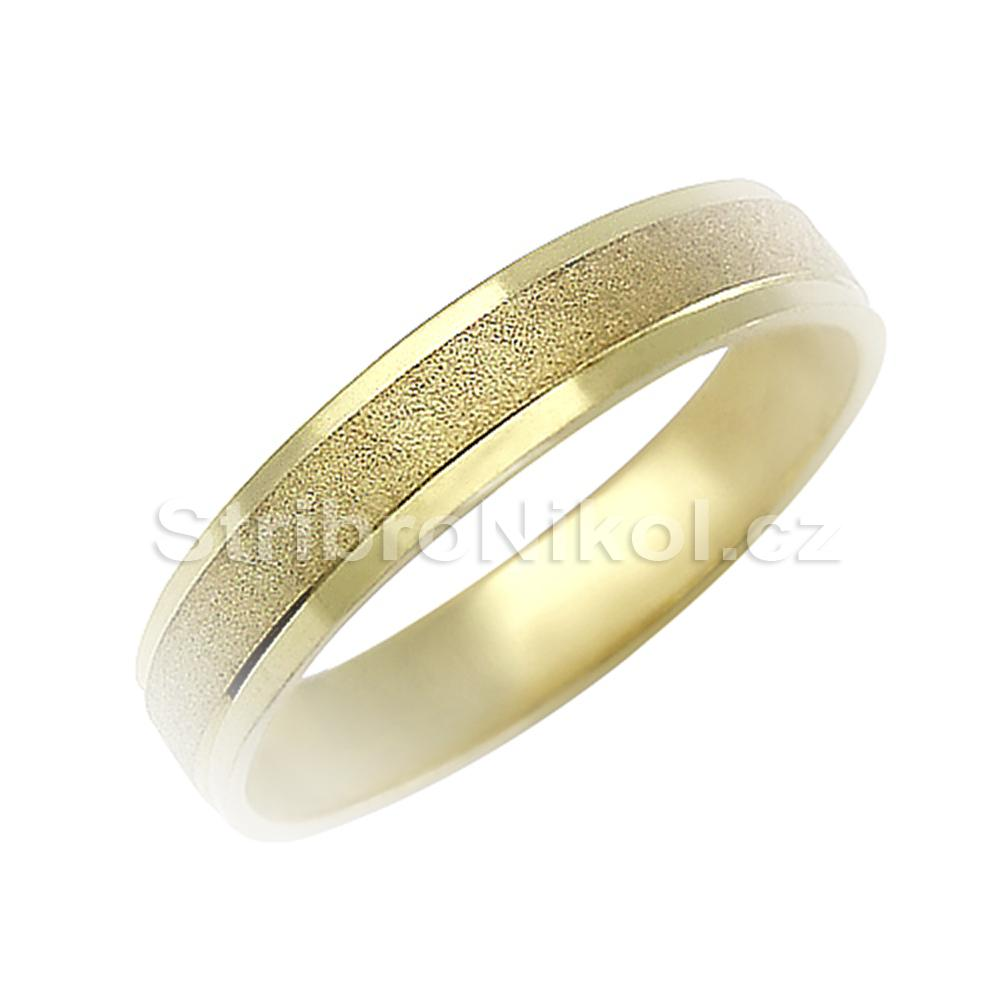 Zlate Snubni Prsteny Piskovane 027